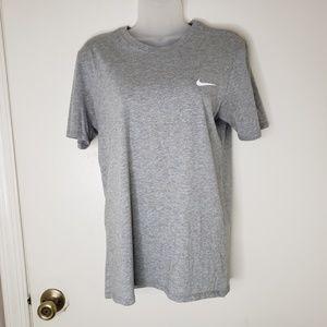 Nike Athletic Cut Women's Small Tee, Gray